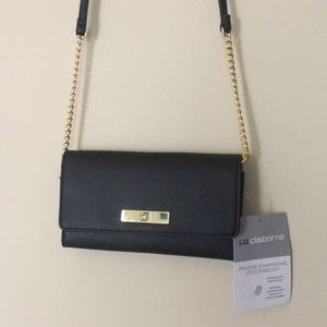 Liz Claiborne NWT Phone Charging Crossbody Bag